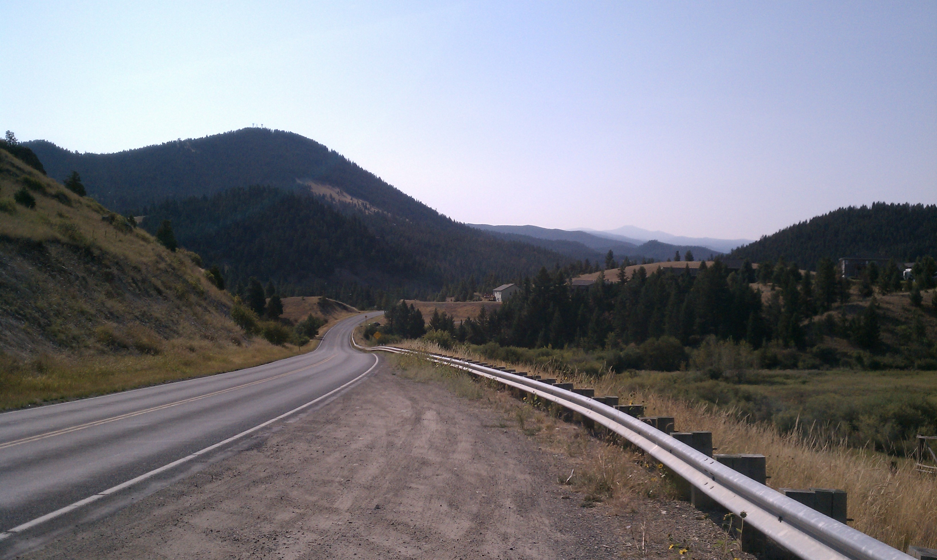 Great Divide Mountain Bike Route - Winding Road